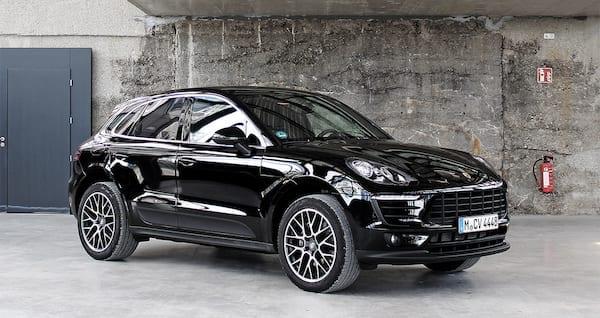 CarVia Porsche Macan