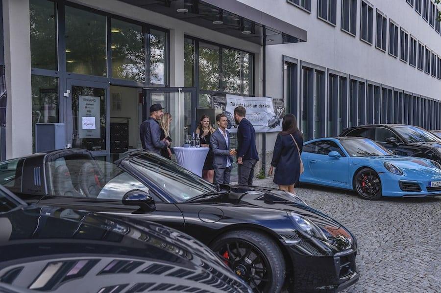 CarVia-Unternehmen-eroeffnung-2017-porsche