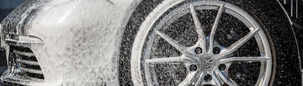 Sportwagen mieten selbst waschen