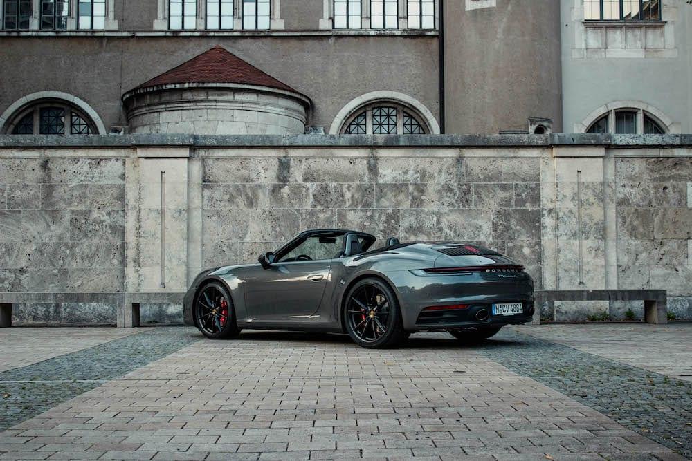 Sportwagen-mieten-muenchen-Porsche-911-cabrio