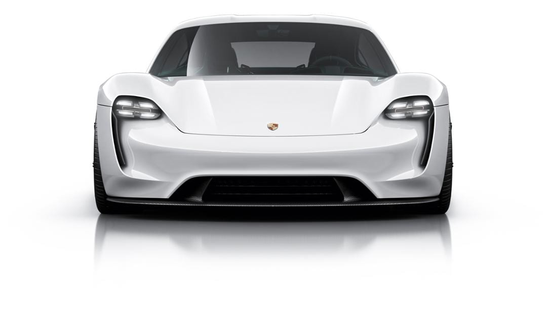 Porsche Taycan mieten in Muenchen deutschland 1