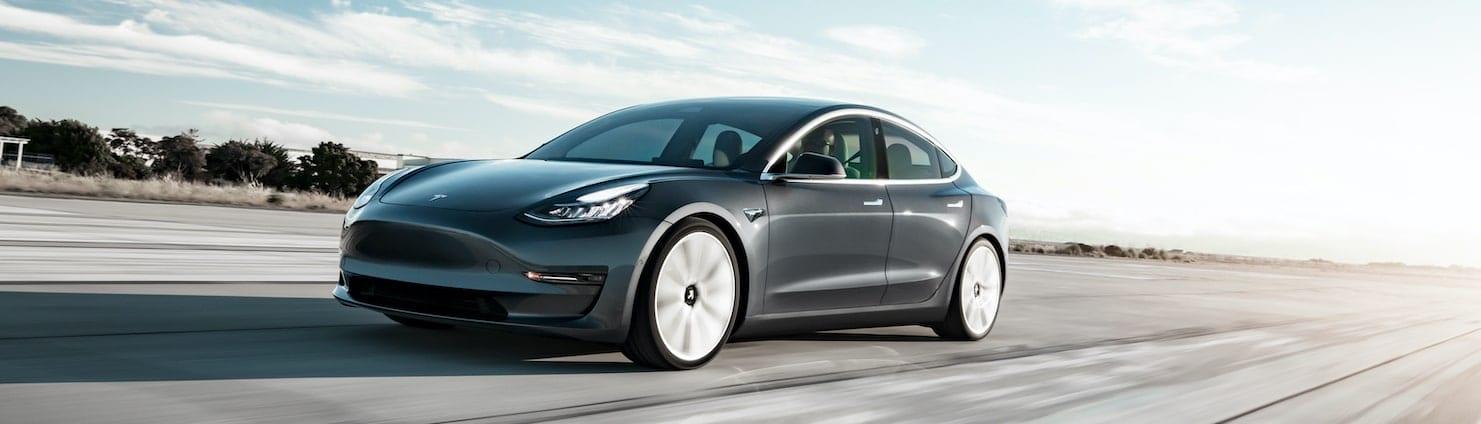 Tesla_model_3_mieten_elektroauto_selber_fahren