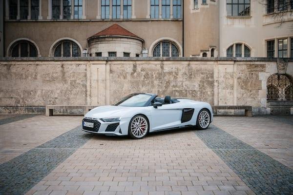 audi_r8_selber_fahren_auto_test