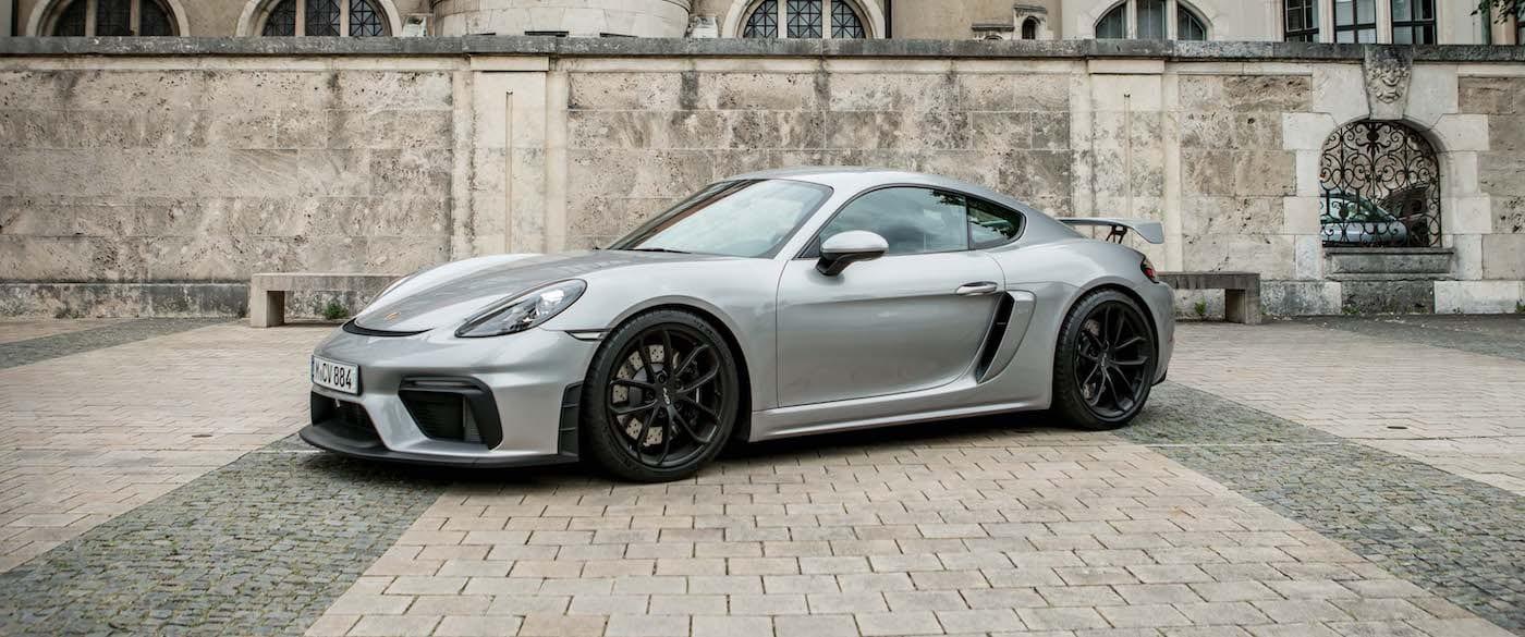 Porsche Cayman GT4 mieten in Muenchen silber
